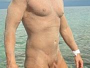 Beach boy blowjob with cumshot