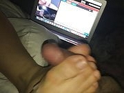 Amature footjob live on Dirtyroulette (comment)