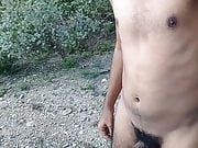 Exhibicionist walking totally naked outdoor